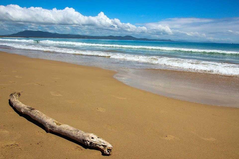 Best Beaches to Surf in Australia
